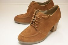 Kenneth Cole US 11 Brown Lace Up Heels