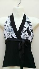New Look BLACK White Floral pattern HALTERNECK Small TOP 6 8 Comfy Soft Viscose