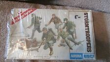 Aurora ESCI Stormtroopers Model Kit-Set of 6 German Troops 1/35 Scale   (B 20)