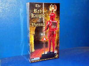 Revell Monogram 1/8 6522 Red Knight of Vienna - Plastic Model Kit Figure