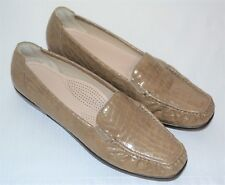 Womens SAS JOY Shoes Taupe Croc Slip On Loafers Flats Size 10 N Narrow