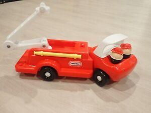 Vintage Little Tikes Fire Truck w Ladder 2 Fire Fighters