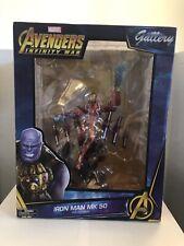 Diamond Select Marvel Gallery Figurine Pvc Iron Man Mark 50 Avengers