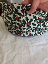 Longaberger Round liner in Holly fabric