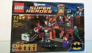 LEGO DC Comics Super Heroes The Dynamic Duo Funhouse Escape (6857) 100% complete