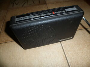 Radio Grundig Mini Boy 300 black sammlerstück