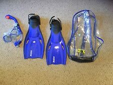 Pre Owned Body Gloves Median Fins, Mask and Snorkel.  Blue.  In Bag.  S/M.