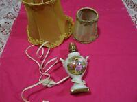 lot =  lampe porcelaine de limoges et abats jours vintage