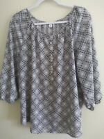 Croft and barrow Gray Women's Top 3/4 Sleeve Button Front 1/4 Down Size XL