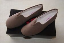 chaussons / pantoufles TAUPE LES LAVABLES D EXQUISE neuves taille 36