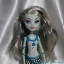 2011 Monster High Dead Tired Frankie Stein Jointed Fashion Doll w/PJs Outfit