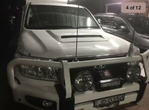Bonnet Scoop 79 Series Style to suit Nissan Patrol, Landcruiser, Hilux