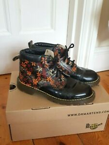 RARE Vintage Dr. Martens MIE - Made in England Flower Boots - Size UK 3 - GUC