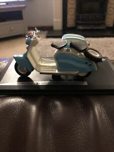 Solido Lambretta LD 125 1956 With Side Side Die Cast Model Scooter