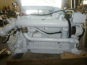 Cummins 6BTA 250HP Marine/industrial applications diesel/transmission