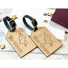 2pcs Personalised Wooden Luggage Tag Mr and Mrs Heart Arrow Suitcase Tags