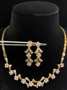 Stunning 3.66 Cts Round Brilliant Cut Diamonds Necklace Earrings In 585 14K Gold