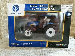 ERTL New Holland T6070 Tractor