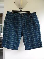 Crest Jeans Women's Jean Shorts Size 19/20 Blue and Green Plaid  5 Pocket Style