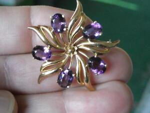 Floral Amethyst Brooch 14k Gold 10.1 grams TW Stunning