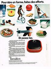 PUBLICITE ADVERTISING 025  1973  TERRAILLON  pèse-personne rouge
