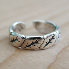 Leaf Toe Ring - 925 Sterling Silver - Leaves Nature Fall Tree Hope Midi Knuckle