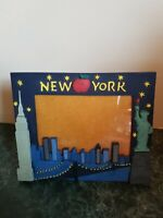 """Statue Of Liberty New York City Skyscrapers Picture Frame Holds 4"""" x 6"""" 3D"""