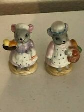 """2 Russ Berrie Mini Mouse Carrying Food Miniature Resin Figurine Vtg 1.75"""""""