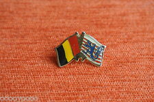 00317 PIN'S PINS DRAPEAU FLAG FOOT FOOTBALL BELGIQUE bisontin / Ecosse ? apw