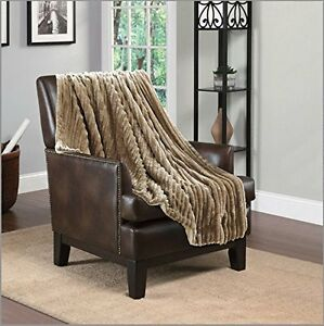 Hiyoko 3D Jacquard Flannel Sherpa Super Soft Throw Blanket 50 X 60 Taupe Brown