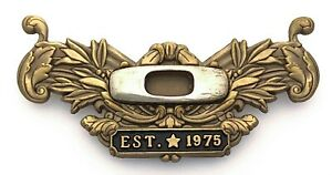 Oakley Established 1975 Pin