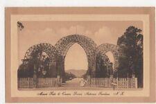 New Zealand, Maori Gate & Queens Drive, Rotorua Gardens Postcard, B244