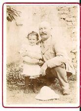 Photo argentique snapshot 1900 famille grand père enfant chapeau colonial