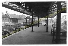 Penarth Town Railway Station Photo. Cardiff - Lavernock. Cadoxton Line. (8)