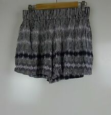 WITCHERY Casual shorts Sz 10 Black purple white print