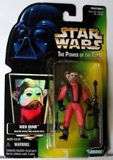 32 CLASSIC STAR WARS FIGURES IN ORIGINAL PACKAGES