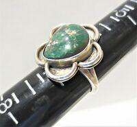 Vintage Sterling Silver Green Turquoise Southwest Ring Size 6.5 Flower Shape