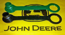 BG JOHN DEERE 300 312 314 316 317 322 330 332 400 425 430 HYDRAULIC PLUGS CAPS