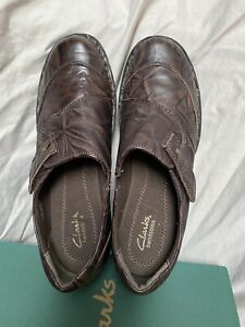Clarks Bendables Women's Brown Slip-on Shoes EUC 9.5 W
