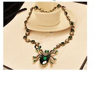 FABULOUS GREEN CRYSTAL SPIDER NECKLACE! BRAND NEW!