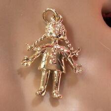 9ct GOLD NUOVO SOLIDO Bambola di pezza fascino