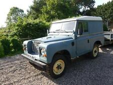 Land Rover Series III diesel van classic 4x4 mot until may 2018. Ideal for snow