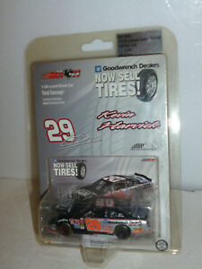 #29 KEVIN HARVICK GM GOODWRENCH ON A ROLL CHEVY 1/15,408 2002 ACTION H/O 1:64