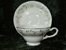 Sheffield Fine China Classic 501 Tea Cups and Saucers