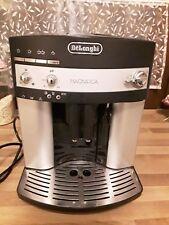 DeLonghi Magnifica ESAM 3000 Schwarz 8 Tassen Kaffeevollautomat