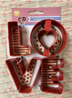 Wilton LOVE Metal Red 4 Piece Cookie Cutters Valentines Day Theme