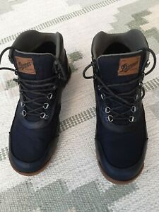 DANNER JAG BOOTS MATT BLACK SIZE 10 USED IN EXC CONDITION