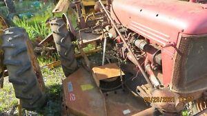 BELLY MOWER FOR INTERNATIONAL FARMALL CUB TRACTOR
