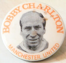 MANCHESTER UNITED Player 1956-1973 BOBBY CHARLTON Button badge 31mm Dia