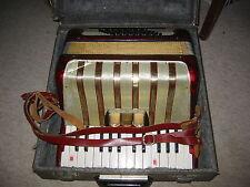 Nice used Hohner Concerto I accordion fisarmonica w. case